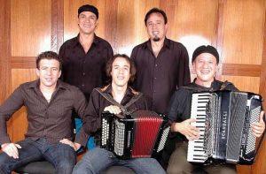 Dia do Gaúcho será celebrado com música e churrasco na Serra