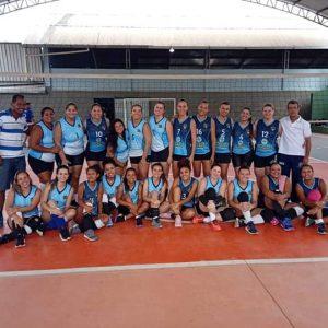 Equipe de vôlei da Serra joga Torneio de Inverno em Santa Leopoldina