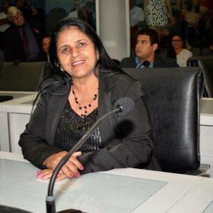 Vereadores da Serra apresentam 104 votos de congratulação em 7 meses