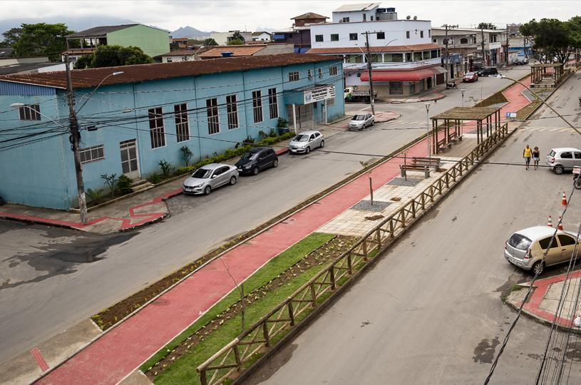 Serra inaugura canteiro central e ciclovia no bairro Cidade Continental